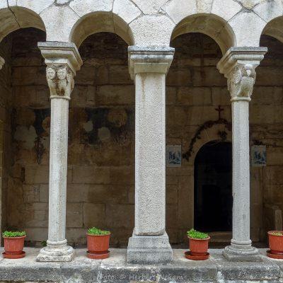 Albanien, Apollonia, Marienkirche (Foto: Herbert Nekam, ARR Reisen)
