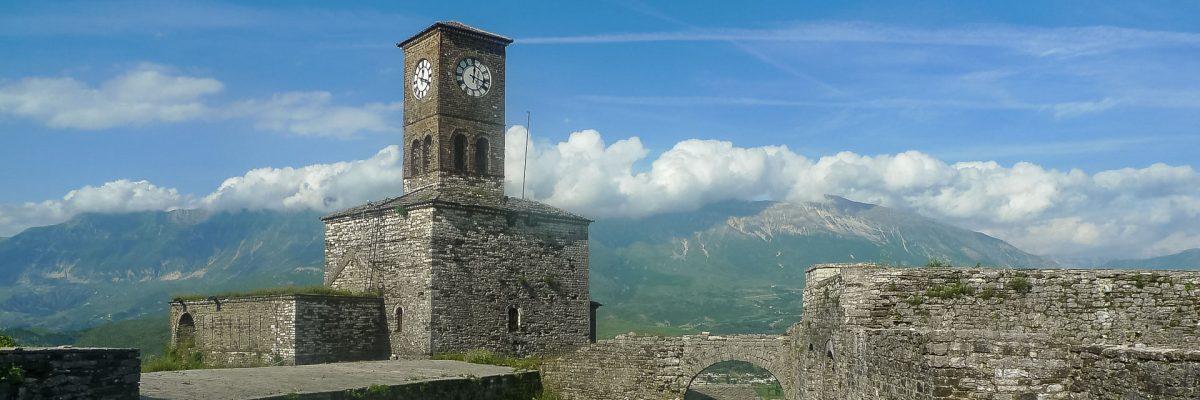 Albanien, Burg Gjiorokastra (Foto: Herbert Nekam, ARR Reisen)