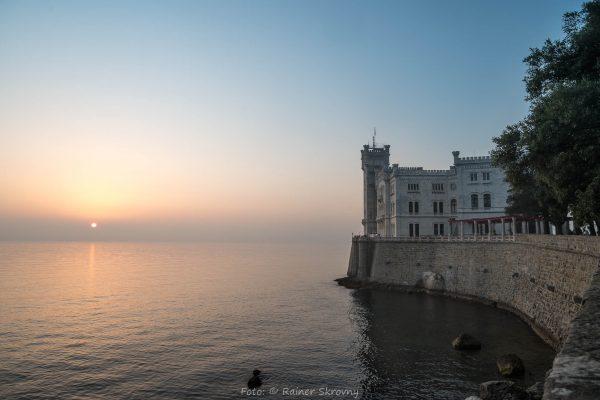 Italien, Triest, Schloß Miramar (Foto: Rainer Skrovny, ARR Reisen)