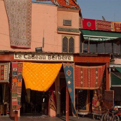 Lokales Teppichgeschäft in Marrakesch