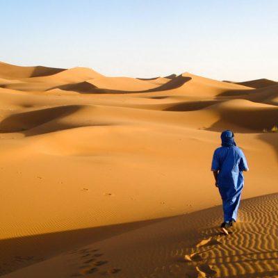 Traditionelle Bekleidung der Wüste