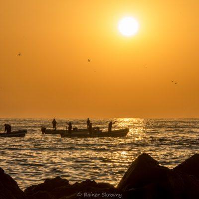 Oman, Fischer bei Sonnenaufgang (Foto: Rainer Skrovny, ARR Reisen)